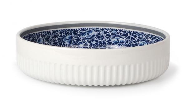 Blue collar rib bowls by Arian Brekveld