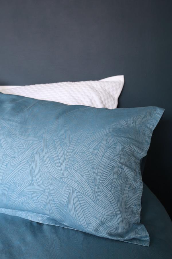Christy Palm Fronds bed linen | Design Hunter