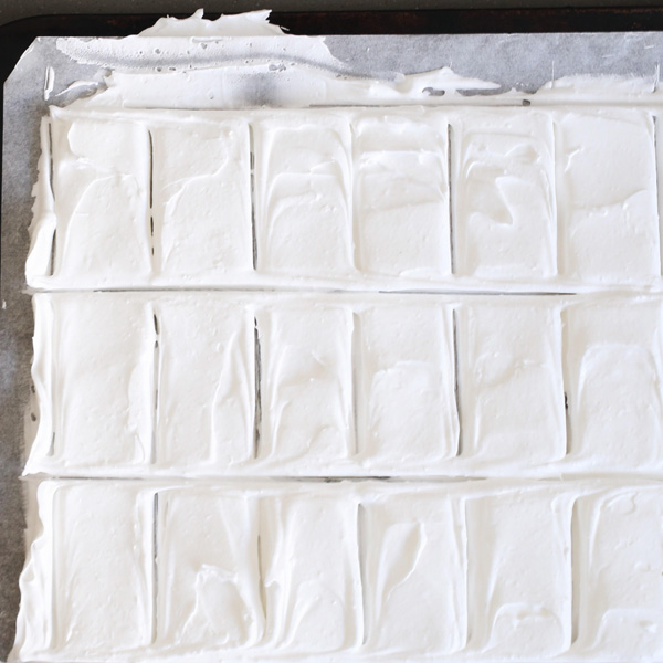 Meringue ready for the oven | Design Hunter