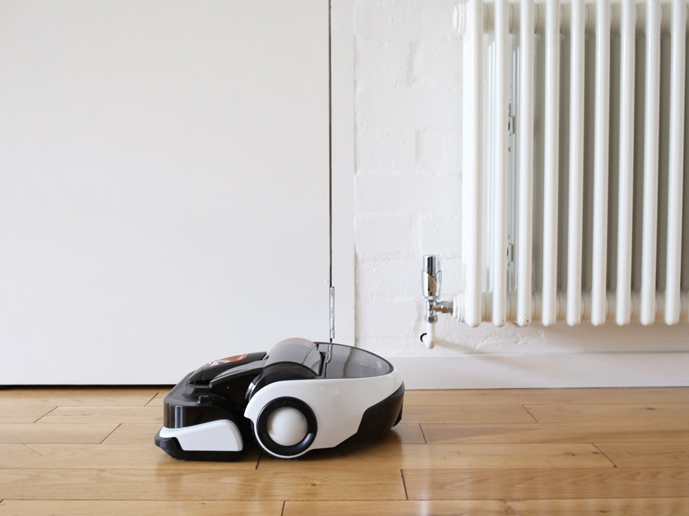 Samsung VR9000 Powerbot cordless robot vacuum cleaner | Design Hunter