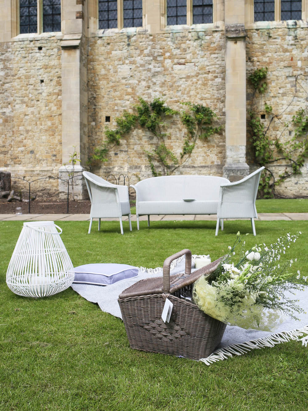 Summer garden party | Design Hunter