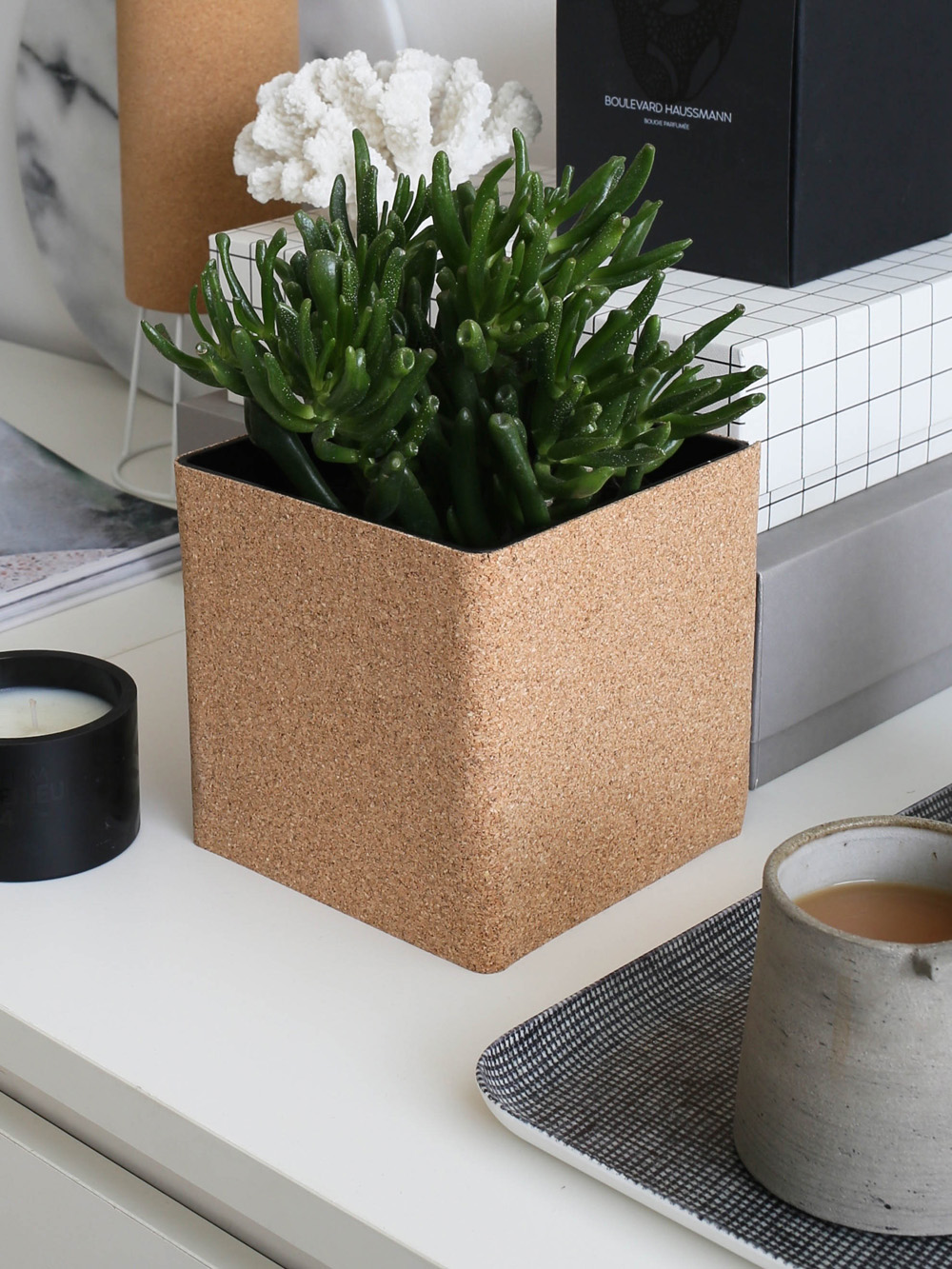 Cork planter | Design Hunter
