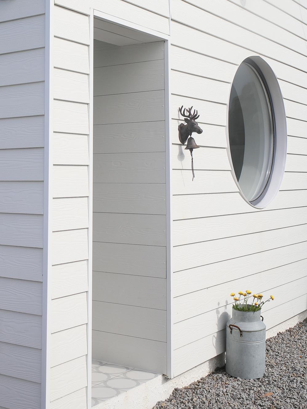 Delphin - Scandi style contemporary holiday home - Unique Homestays | Design Hunter