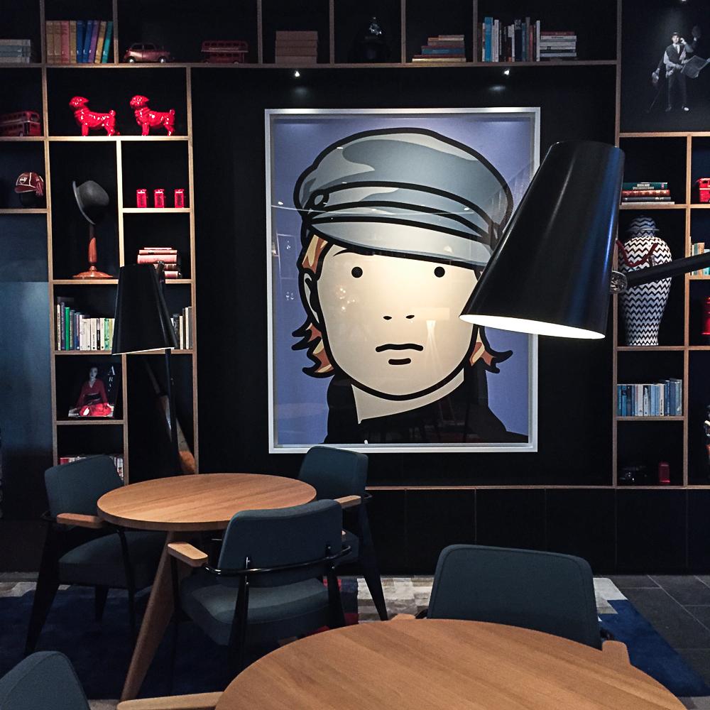Julian Opie art at Citizen M   Design Hunter