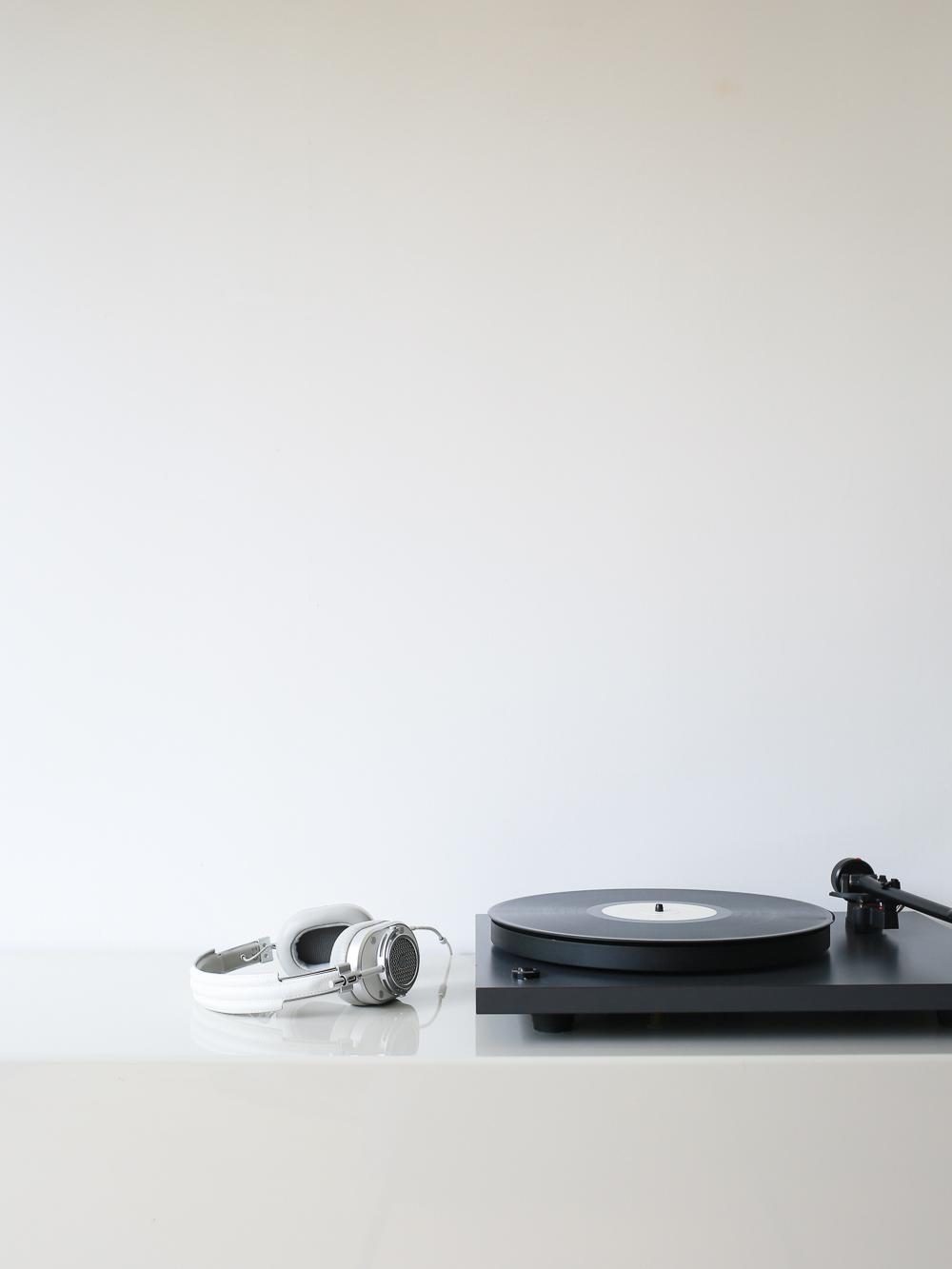 Master & Dynamic headphones | Design Hunter