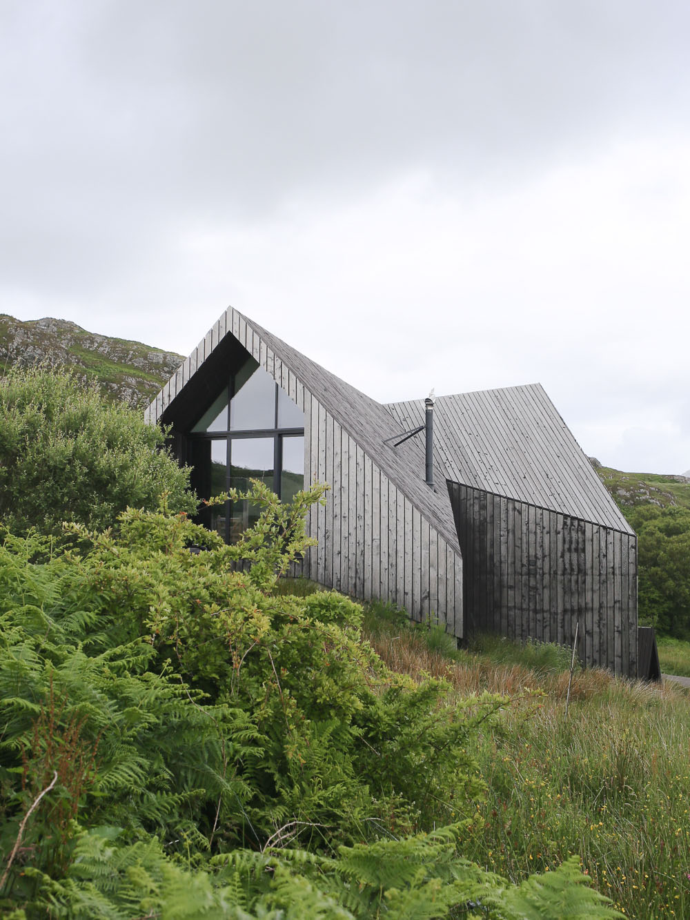 A scottish architectural road trip design hunter for Architectural homes