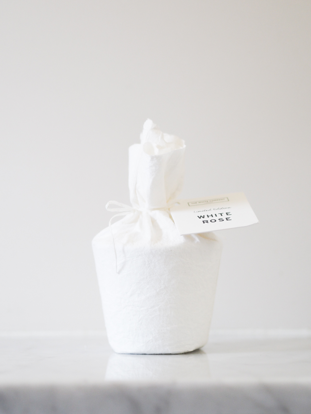 The White Company White Rose candle | Design Hunter