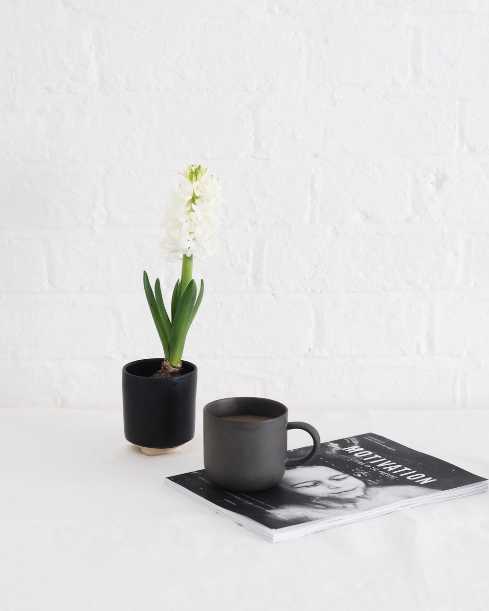 Tea and hyacinth | Design Hunter