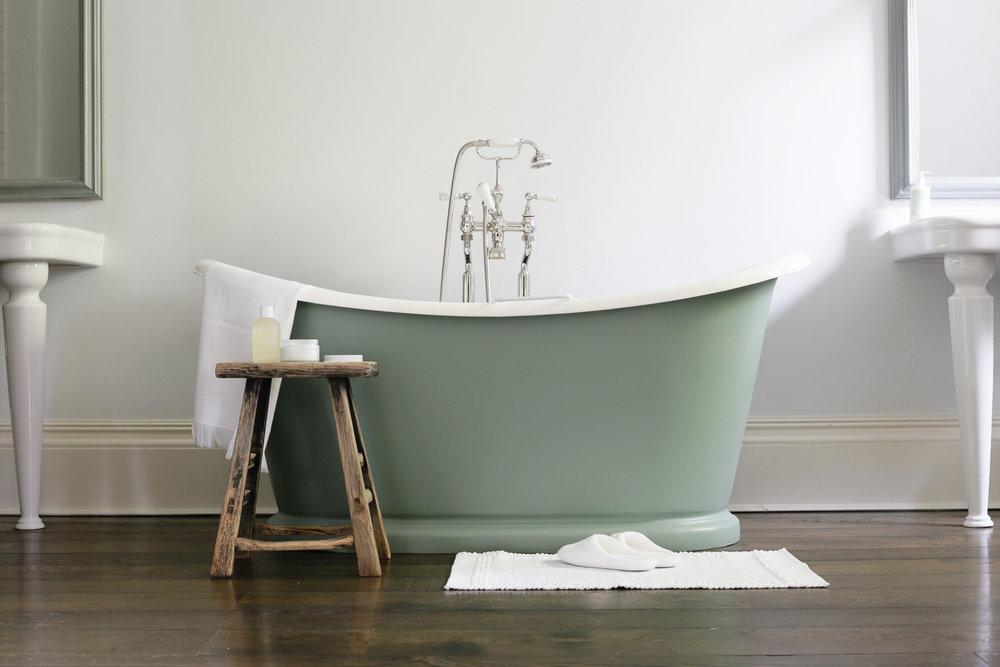 Luxury hotel bathroom at No 38 The Park Cheltenham | Design Hunter