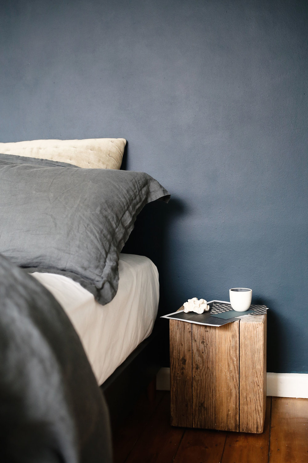 Dulux inky blue bedroom makeover | Design Hunter