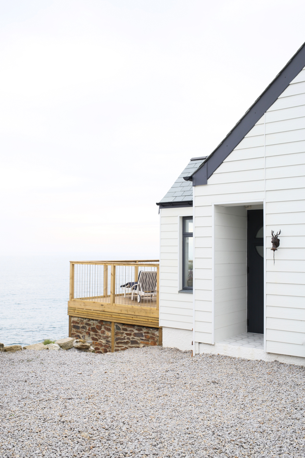 Delphin beach house in Cornwall | Design Hunter