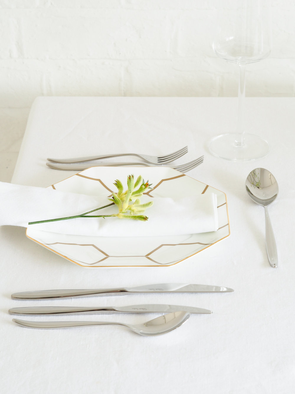 The Hidcote cutlery collection by Robert Welch | Design Hunter