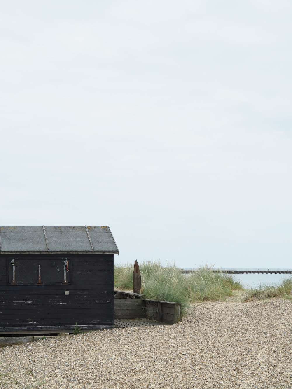 Black beach hut at Walberswick | Design Hunter