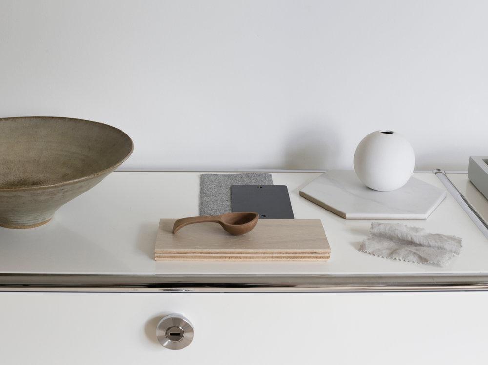 USM Haller cabinet | Design Hunter