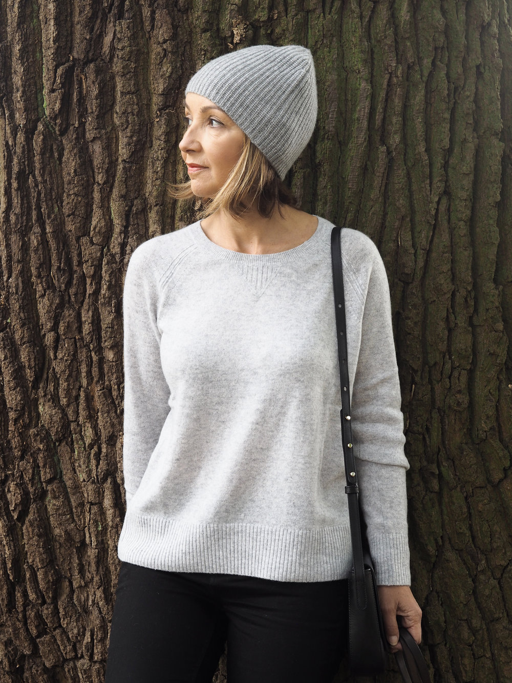 Grey cashmere sweater | The White Company
