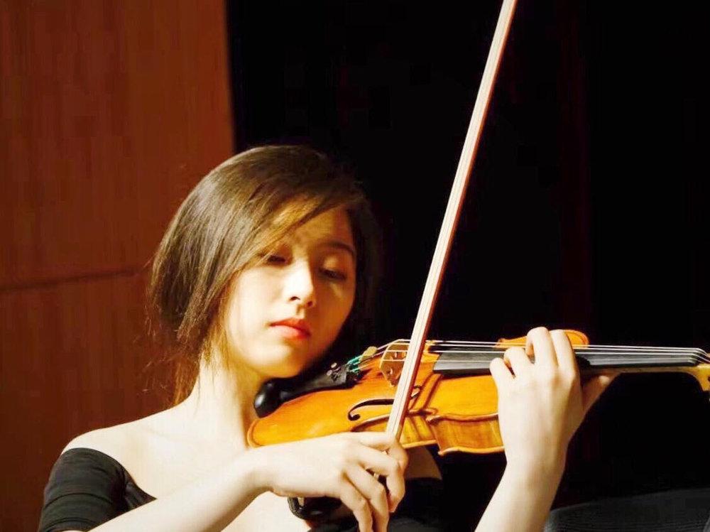 Vivian Ling, violin