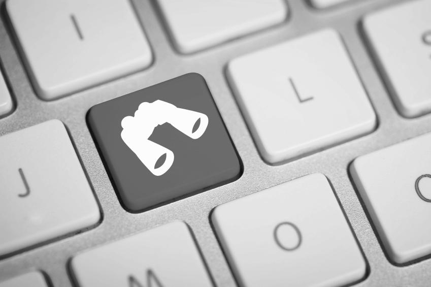 stock-photo-25273316-computer-keys-with-avatar-symbols.jpg