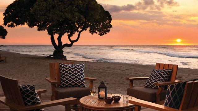 Four-Seasons-Hualalai-BeachTree-Bar