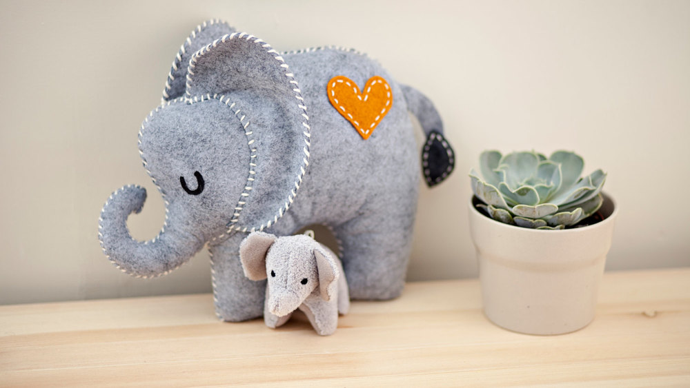 Toy elephant By Yivvie