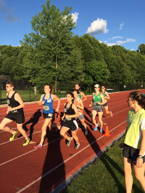 Cut down 800s: A great workout to do with teammates