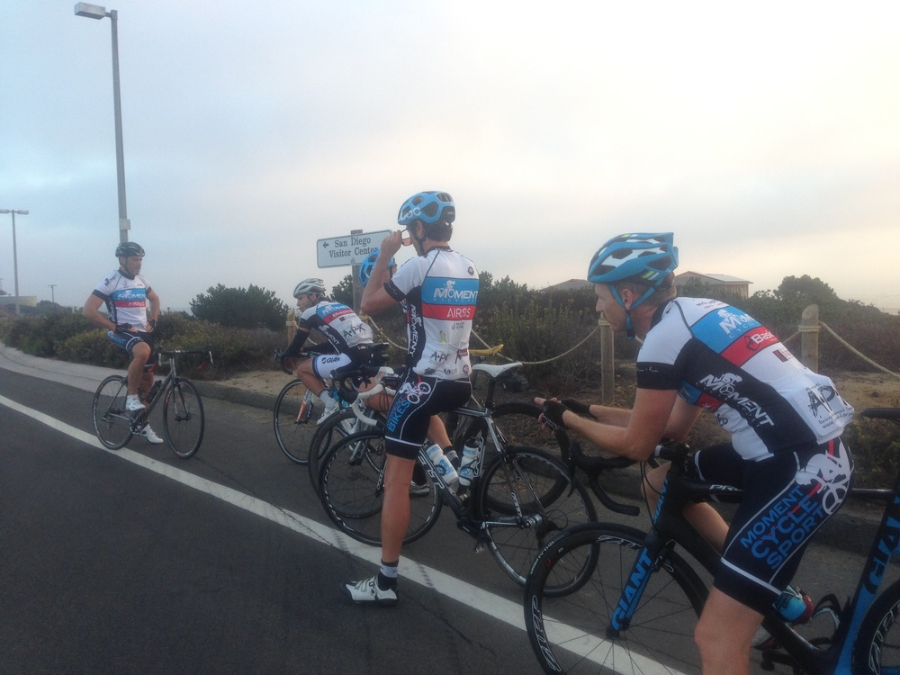 THe GROUP PAUSE FOR A QUICK DRINK BETWEEN HILL REPS