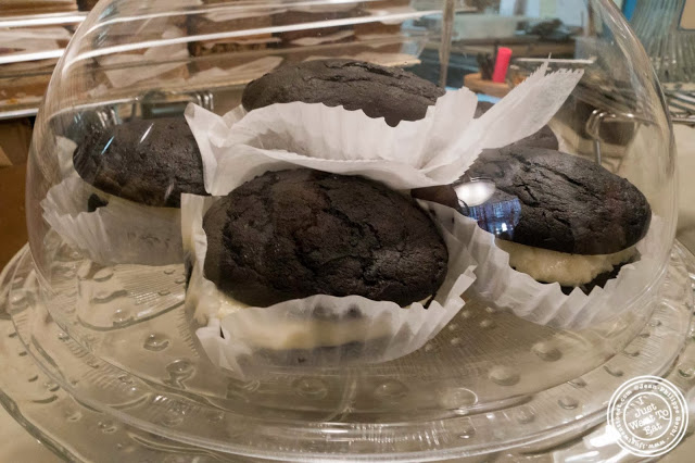 image of Whoopie pies at Milk and Cookies bakery in NYC, New York