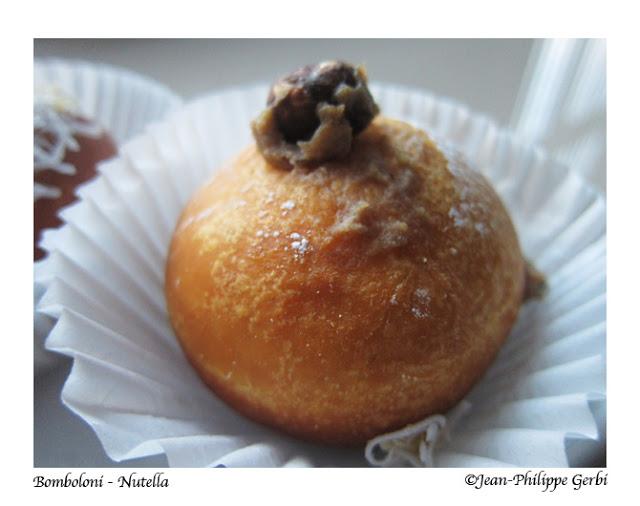 Image of a Nutella Italian doughnut donut at Bombolini in UWS NYC, New York