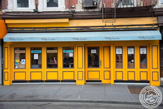 image of Molly's cupcakes in the West Village, NYC, New York