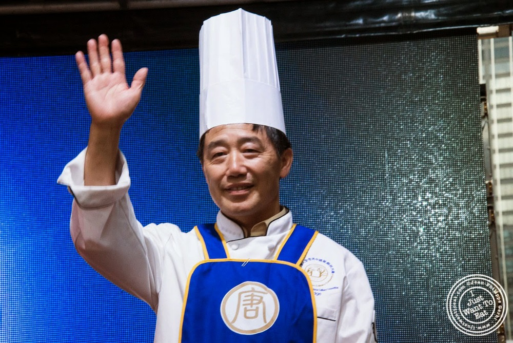 image of Chef Zhang Jun at Taste of Asia 2014: Huaiyang cuisine cook off