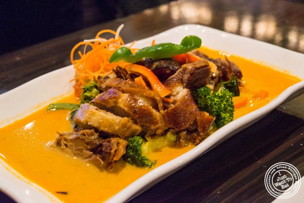 image of Crispy duck Pineapple Na-Na at E-San Thai in Murray Hill, NYC, New York