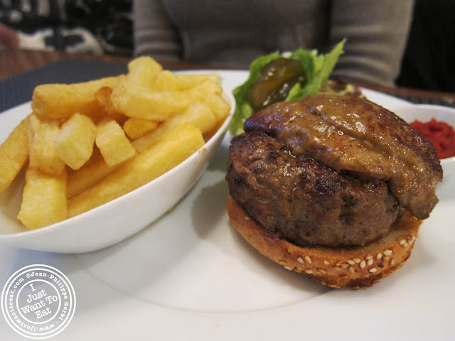 Image of Veal burger at  Fortnum & Mason in London, England