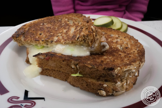 image of grilled cheese at Schnackenberg's in Hoboken, NJ