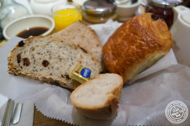 image of breads and pain au chocolat at Le Pain Quotidien in NYC, New York