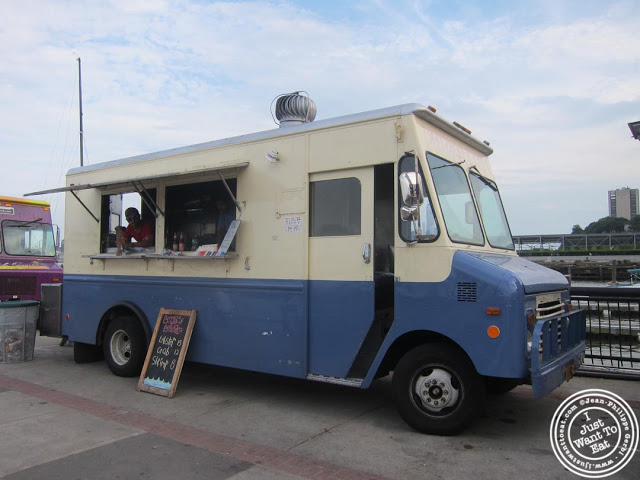 image of Luke's Lobster food truck at Pier 13 in Hoboken, NJ