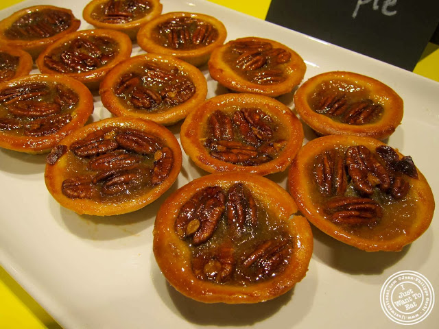 image of pecan pies at Pie Face in Chelsea, New York