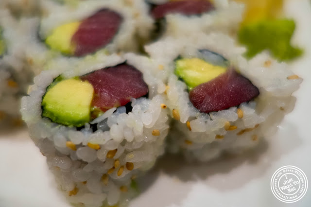image of avocado and tuna roll at Inakaya in Times Square, NYC, New York