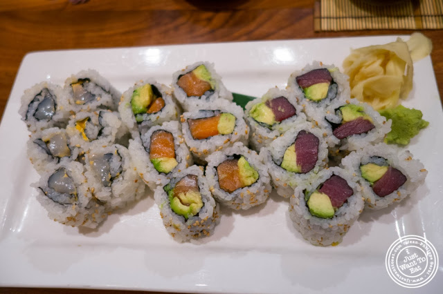 image of rolls at Inakaya in Times Square, NYC, New York