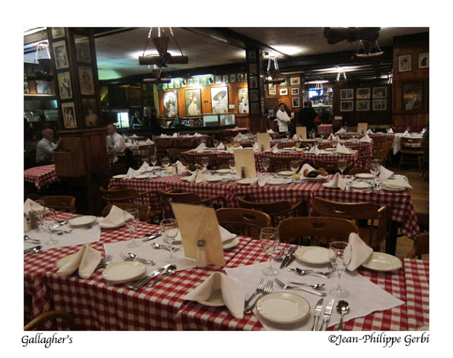Image of Dining room at Gallagher's Steakhouse in NYC, New York