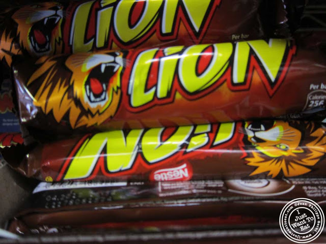 economy+candy+lion+bar.jpg