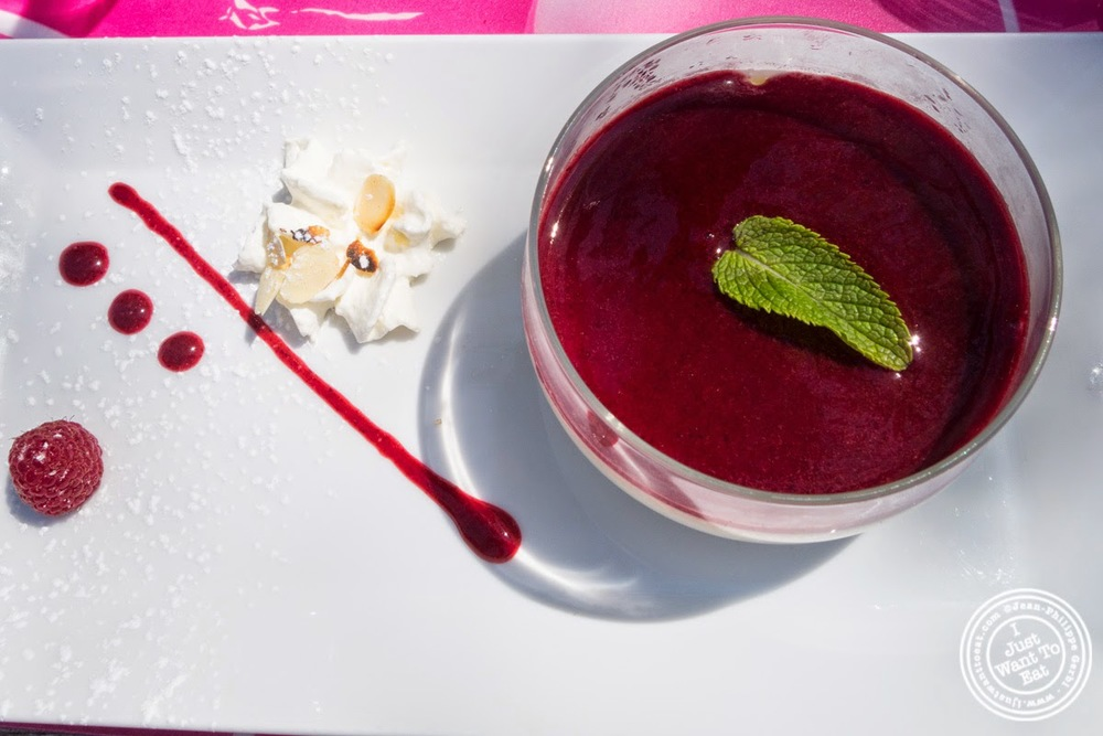 image of white chocolate panacotta at Le Lido Plage in Aix-Les-Bains, France