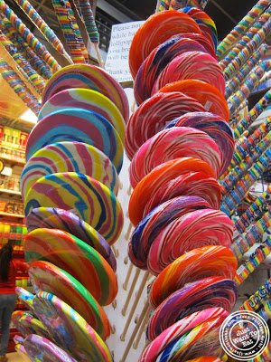economy+candy+lolipops.jpg