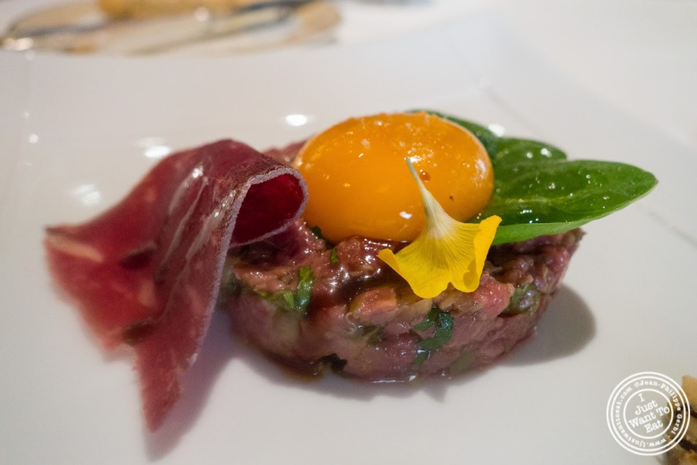 image of boeuf Charolais servi en tartare at Le Rempart in Tournus, France