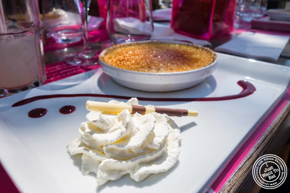 image of creme brulee at Le Lido Plage in Aix-Les-Bains, France