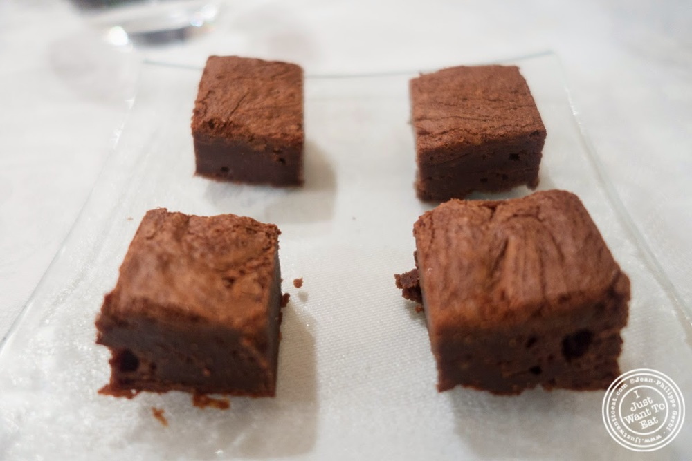 image of chocolate cakes at Le Chaudron in Tournon, France