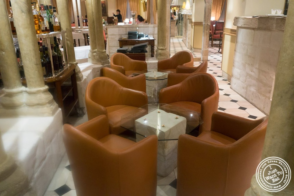 image of lounge of Le Rempart in Tournus, France