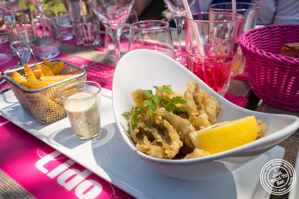 image of fried filet of perch at Le Lido Plage in Aix-Les-Bains, France