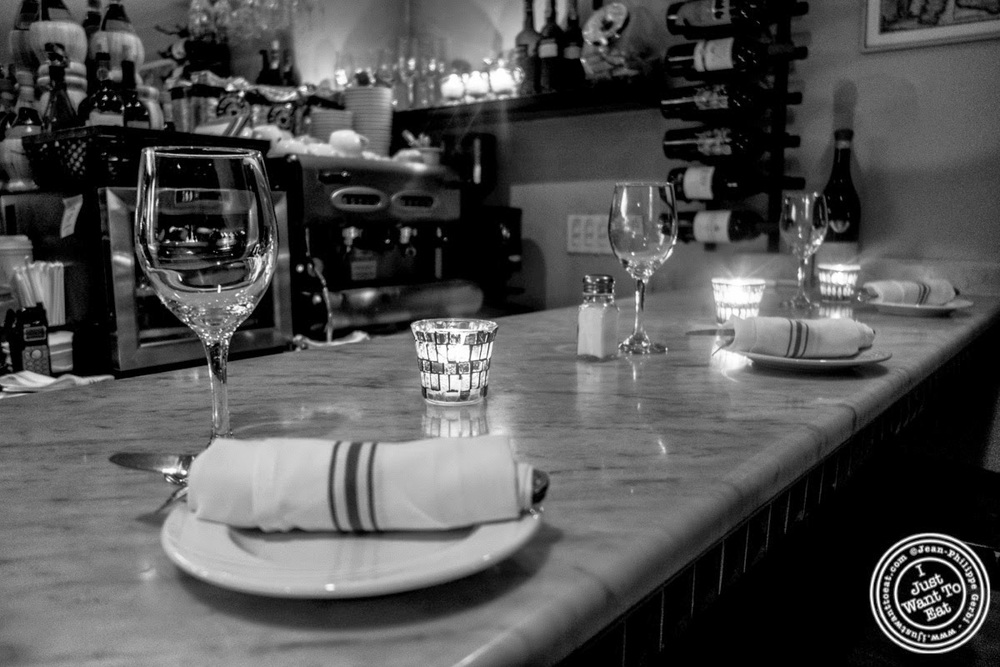 image of bar at Da Marcella Taverna in Greenwich Village, NYC, New York