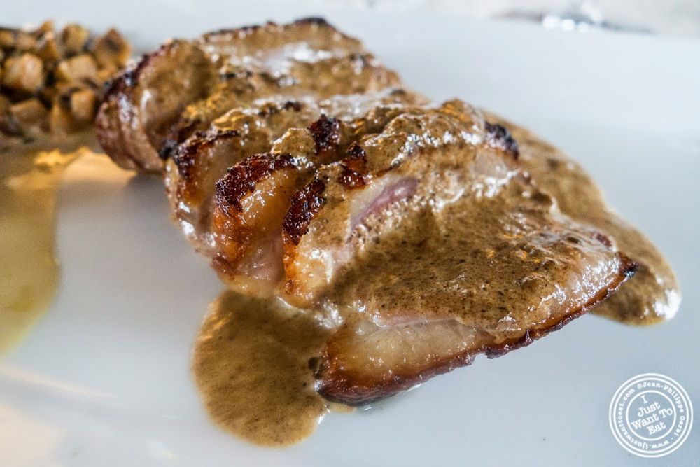 image of magret de canard with Morel sauce at L'Eden in Coublevie, France