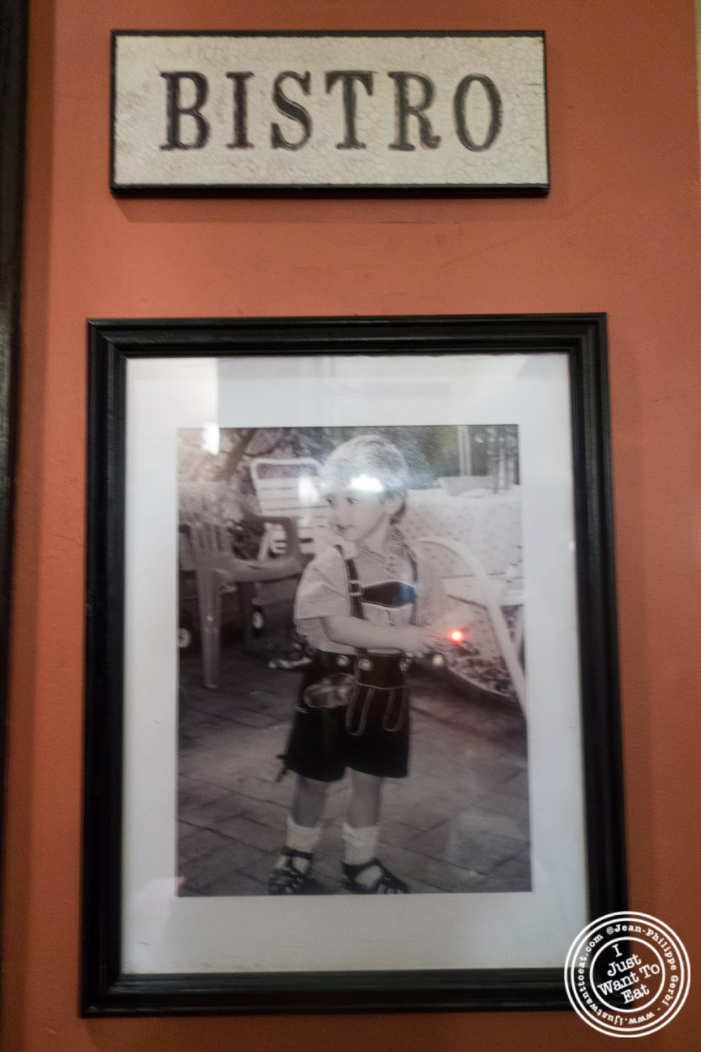 image of photos at Sel et Poivre on the Upper East Side, NYC, New York