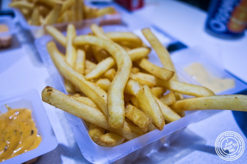 image of French fries sauce at Le Tacos de Lyon in Grenoble, France